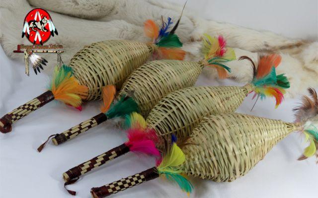 Artesanato Reciclavel Facil ~ Maracá de Palha Indigena Guarani Chocalho Médio (556) por R$25,00