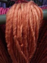 Fio de lã artesanal -  fio grosso - 50 gramas- PARA BONECAS WALDORF