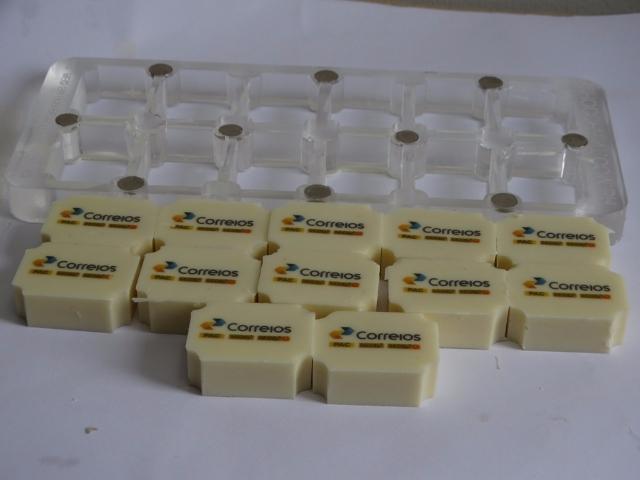 FORMA 3x4 CANTOS CONVEXOS 12 CAVIDADES 15 MM