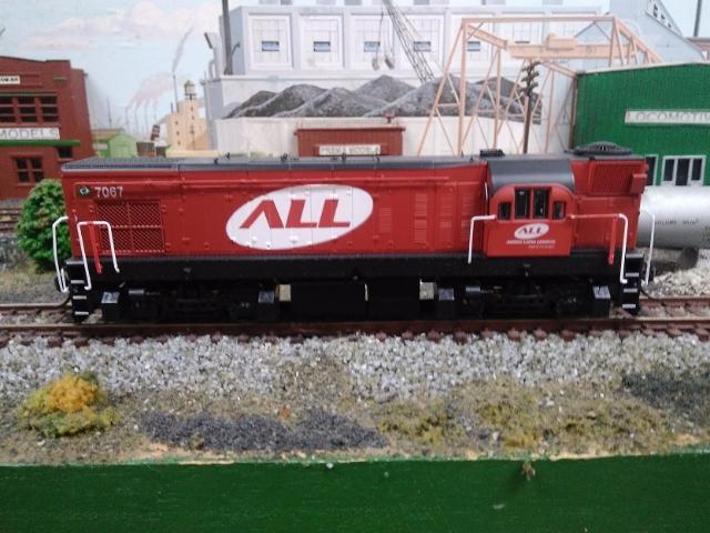 Locomotiva EMD G12 Fase III 'Cabeça de Saúva' # 7067 - PREMA MODELS